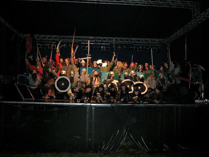 Zdjęcie grupowe z Tolk-Folk